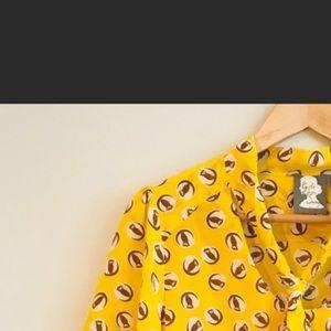 Anthropology silk blouse size 8 Petite